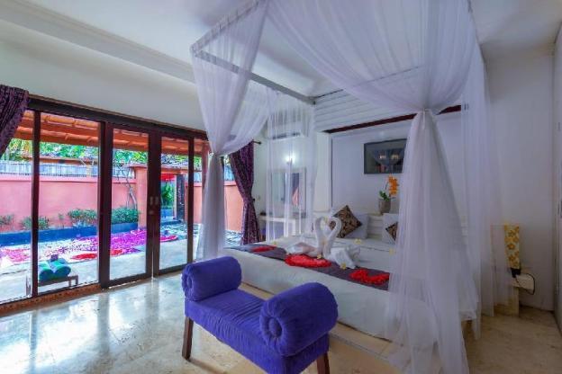 01 Bed Room Privat Pool Villa At Kuta