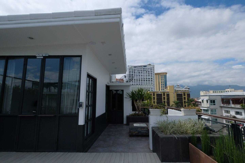 120 SQM Rooftop With Garden Near Night Bazaar