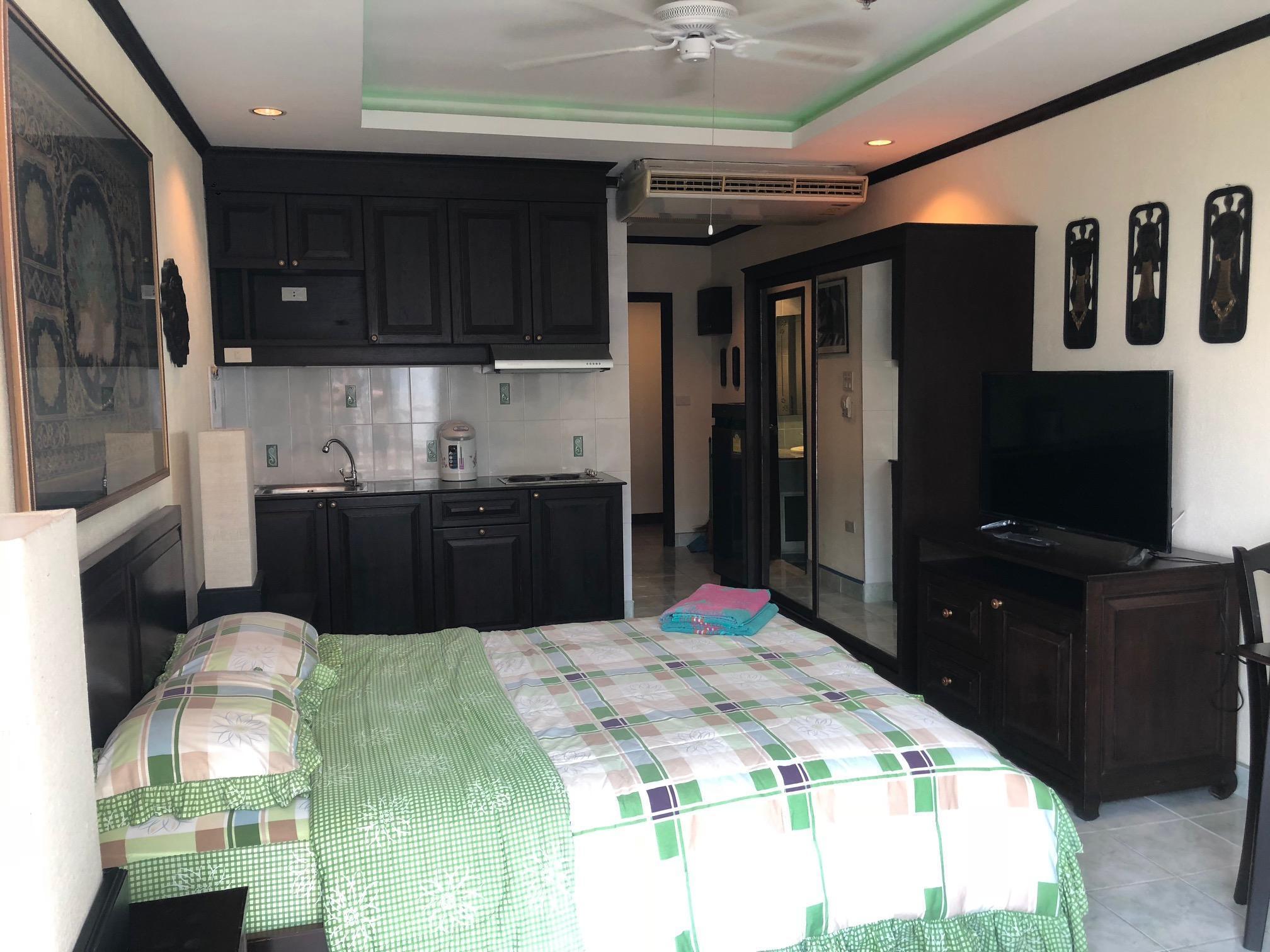 Sea View Apartment Rimhad Condominium Pattaya
