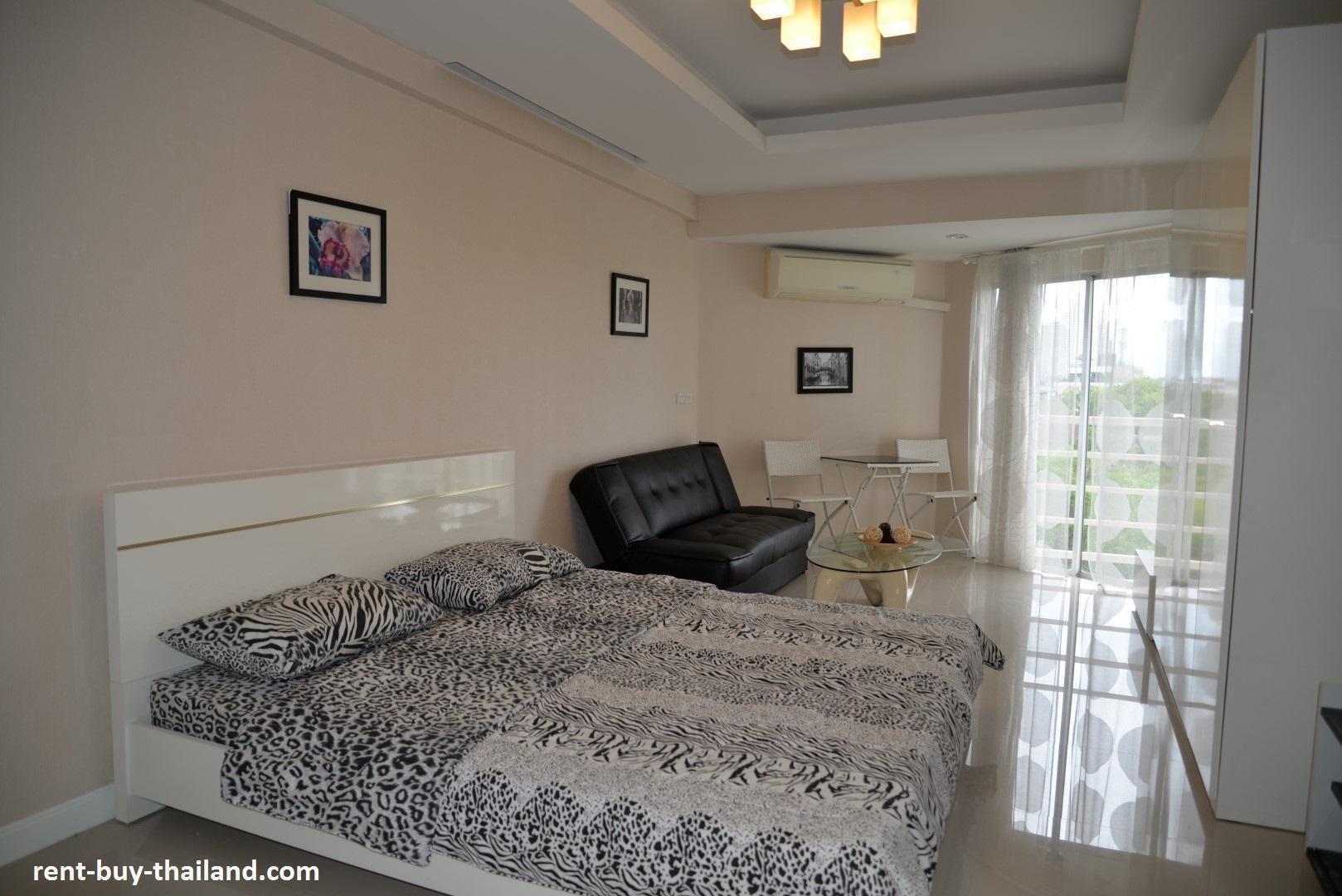 Sea View Apartment On Jomtien Beach Pattaya
