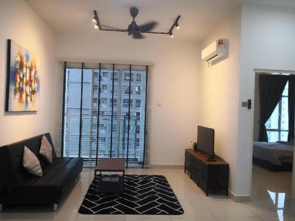 Petty Homes/sky habitat//near RNF mall(whole unit Johor Bahru