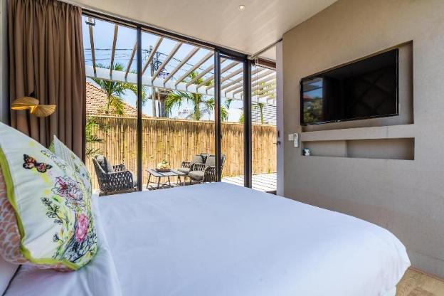 Minimalist 1BR Home 550m to Echo Beach