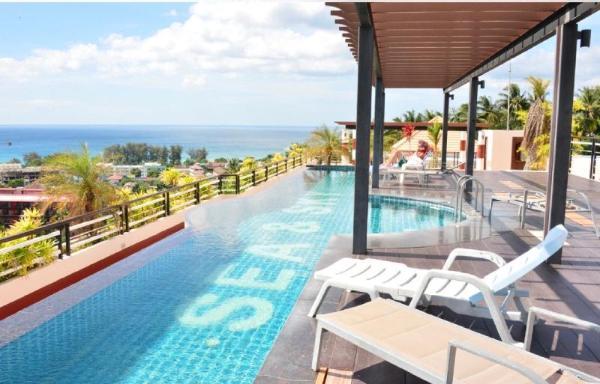 Karon 1 bedroom condo w kitchen n balcony Sea&Sky Phuket