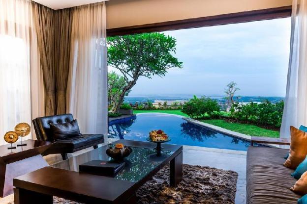 1BR Villa W Private Pool Overlooking Garden & Sea