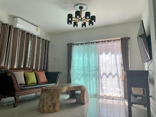 Premium and Elegant Jinbei Villa 16 Chiang Mai