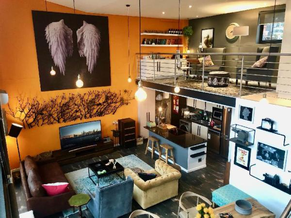 Artists Penthouse - Green Point Cape Town