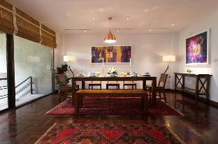 [サトーン]アパートメント(415m2)| 6ベッドルーム/5バスルーム Elegant 6 Bedrooms House in Central Bangkok