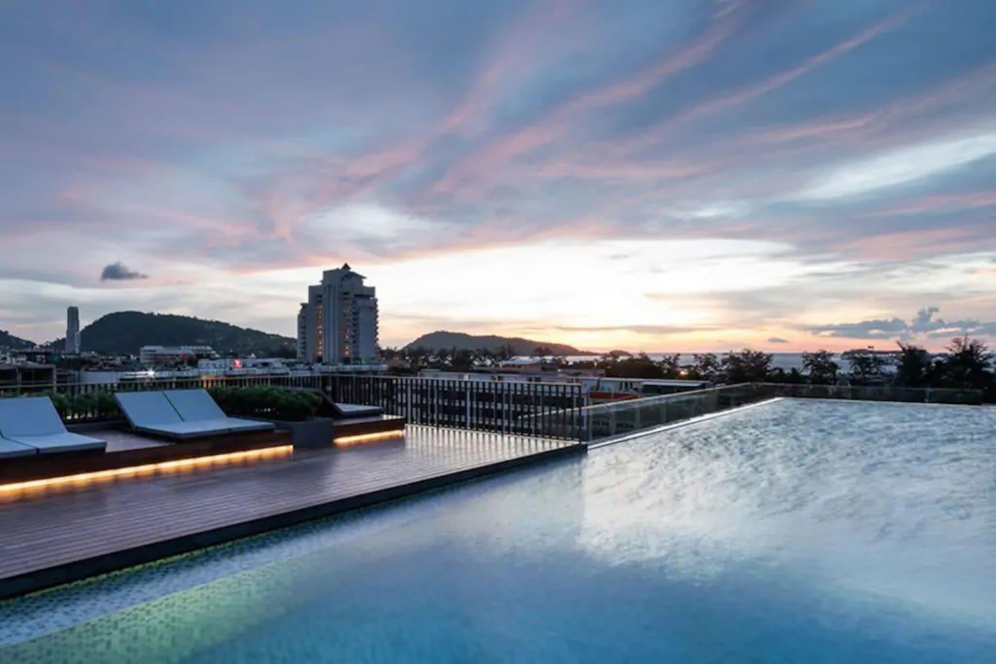 Two Bedrooms & roof top pool at Patong Beach #D28 2 ห้องนอน 1 ห้องน้ำส่วนตัว ขนาด 40 ตร.ม. – ป่าตอง