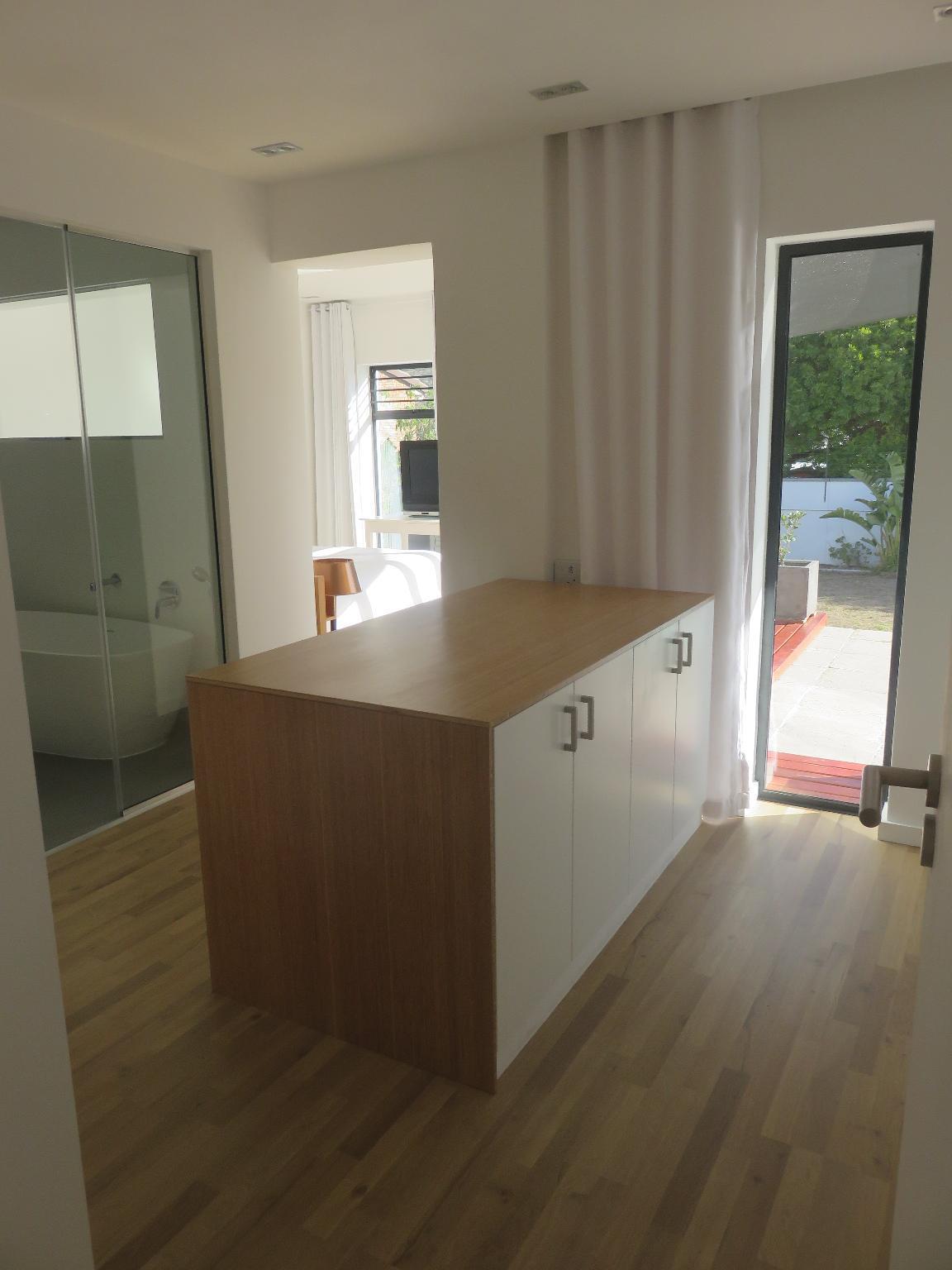 Cape White Villa   Main Suite