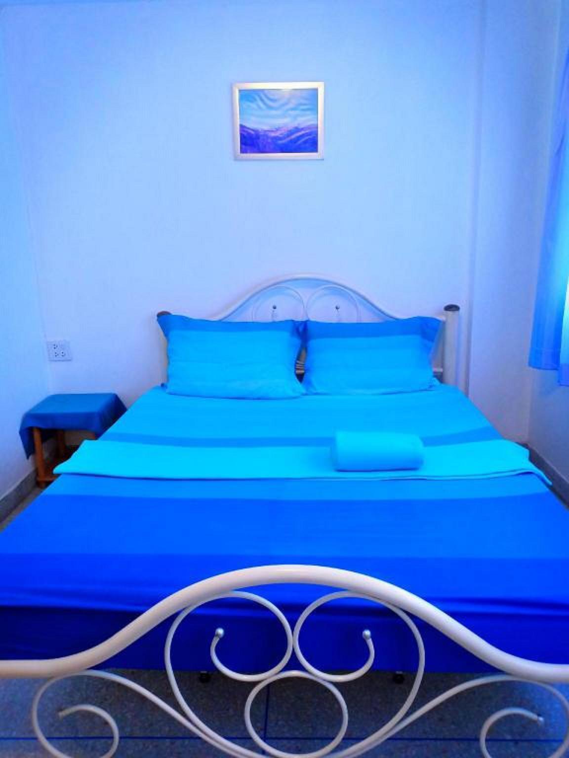 Thasanee Hotel 6 Fan Room