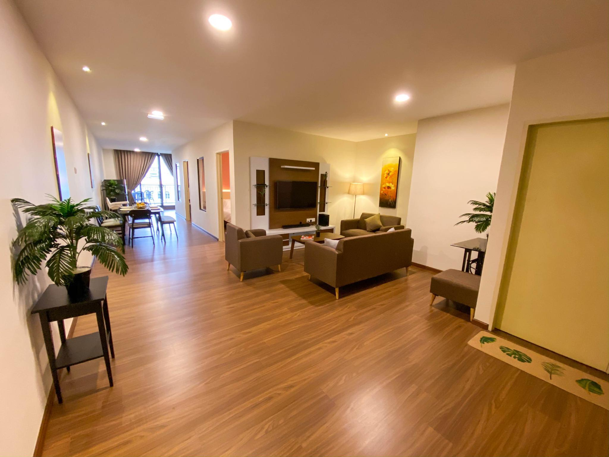 The Waterfront Apartments B102