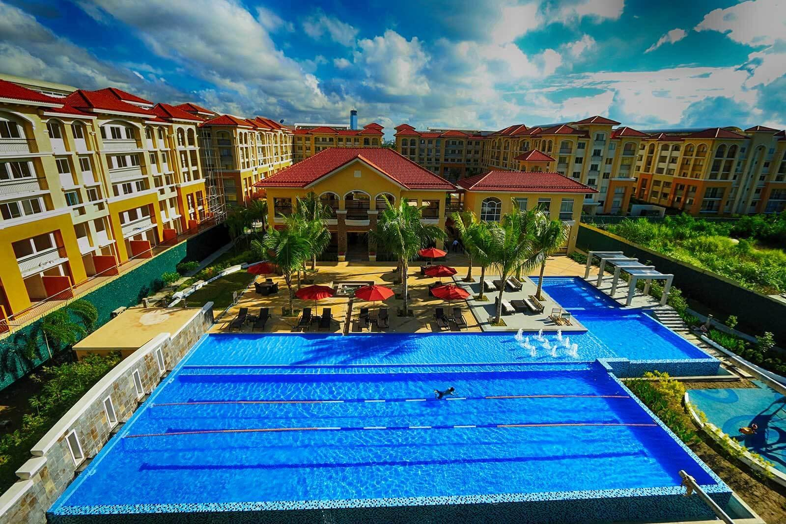 2BR Condo @ San Remo Oasis With Pool Access