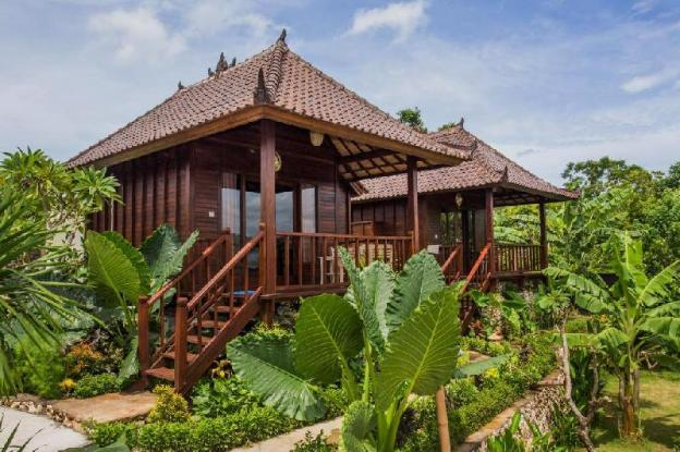 Bungalow with Dbl Bed Closes Yellow Bridge