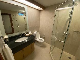 [スクンビット]アパートメント(200m2)| 3ベッドルーム/3バスルーム Newly Renovated Luxury 3BDR/6Pax, Soi 11, BTS Nana