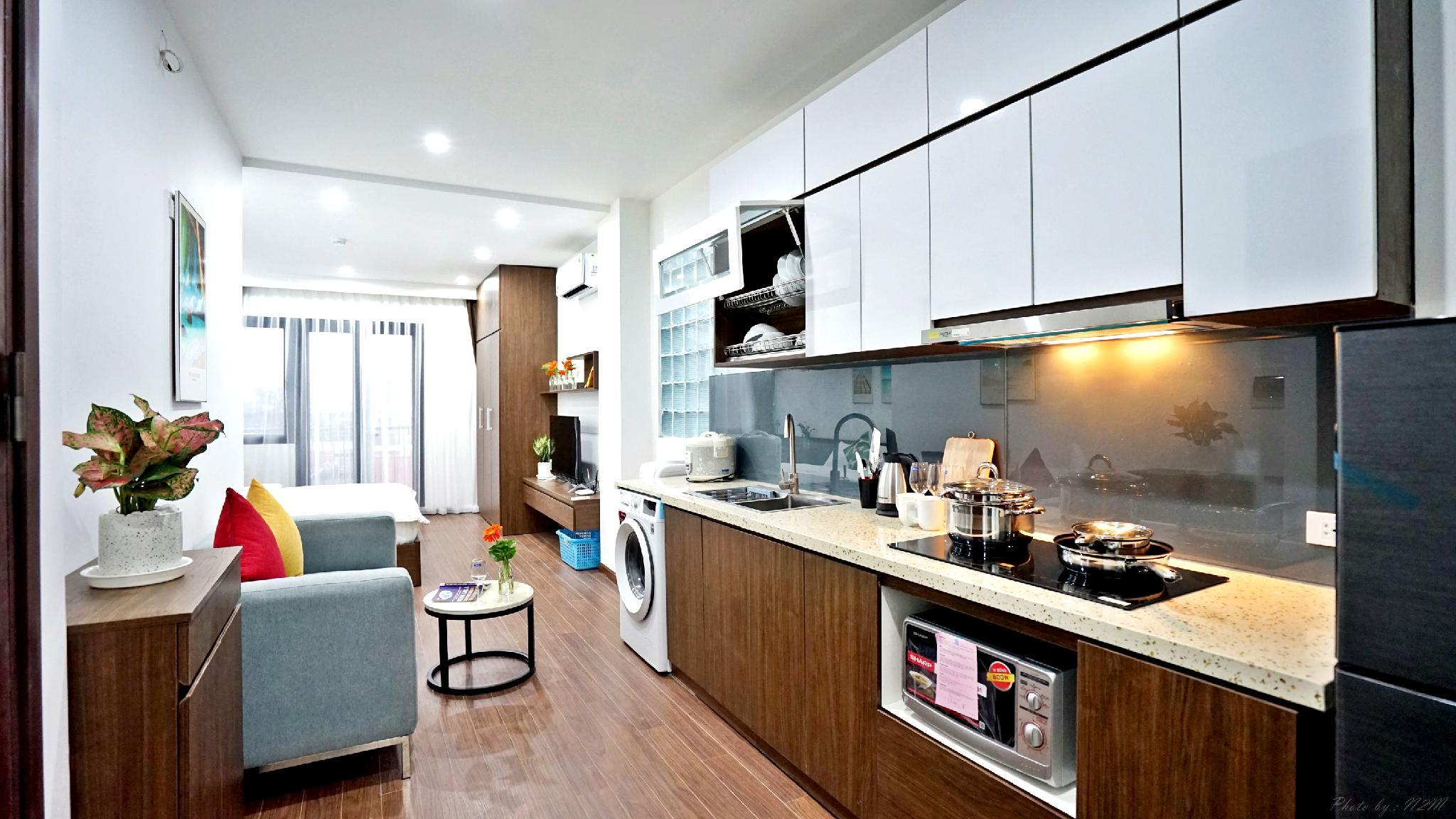 Center Westlake Apartment