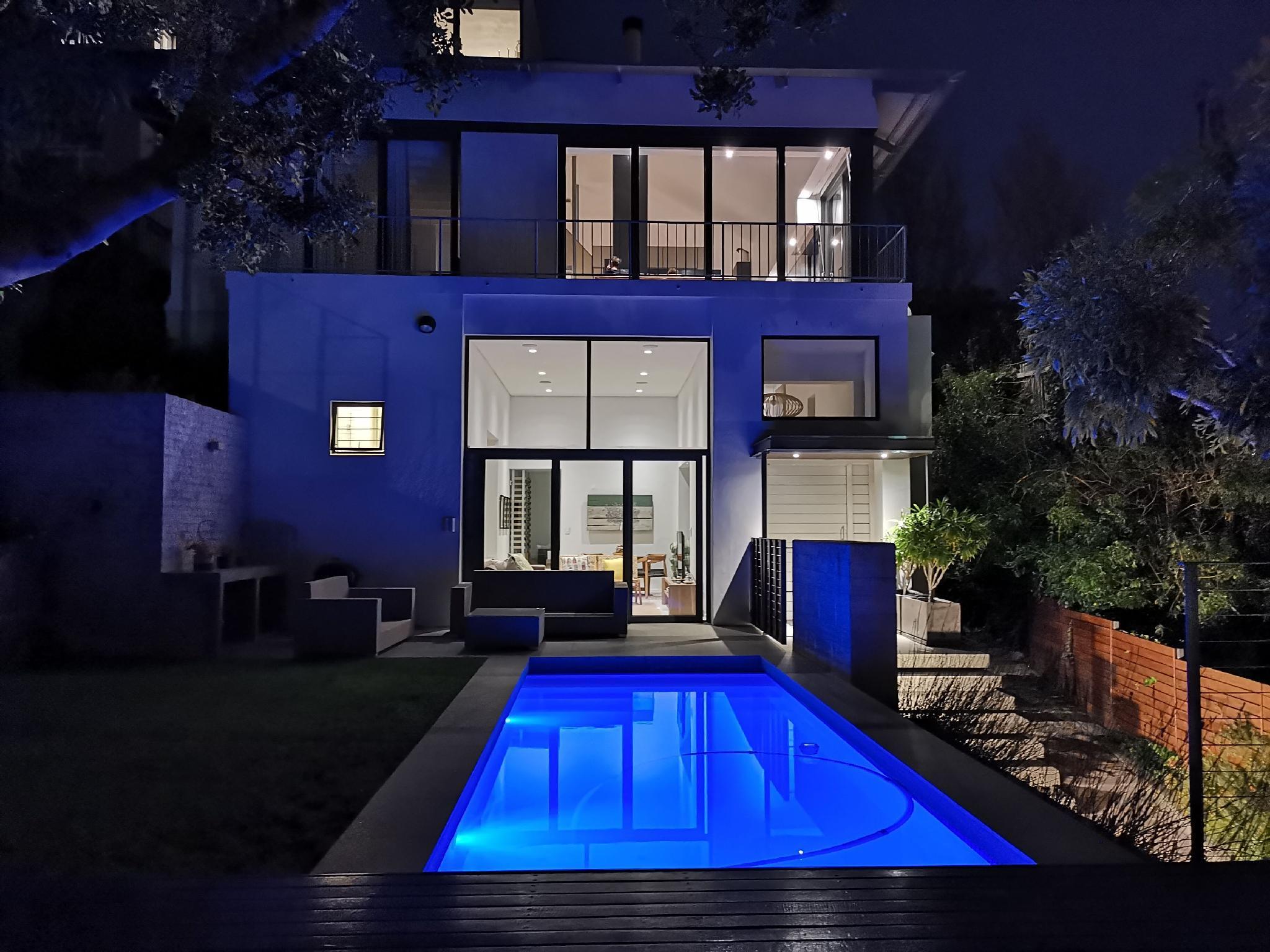 Luxury 4 Bedrooms Bellevue Villa