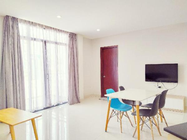 1 BR Apartment with on Terrace, near the Airport Ho Chi Minh City