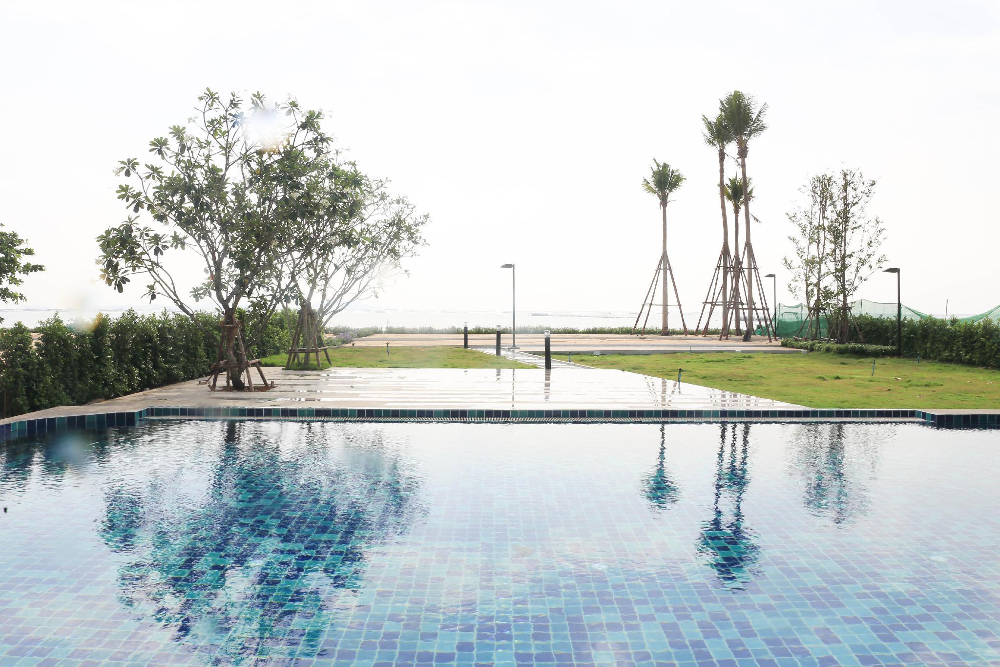Seadream @ Sriracha Private Beach   Sea View