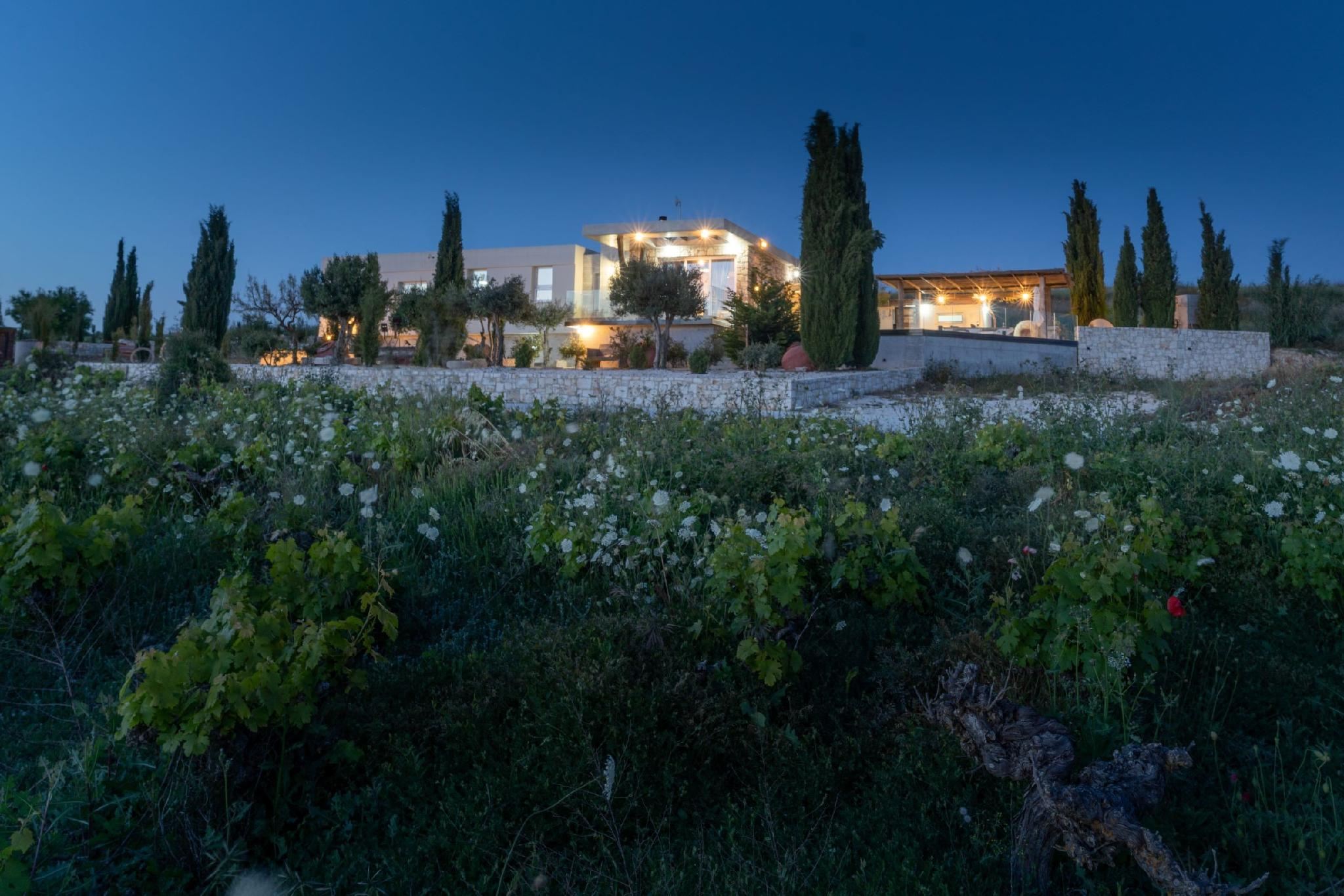Villa Ayia Marina In Kathikas With Private Pool