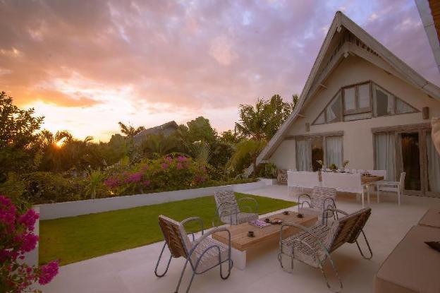Secluded Villa Casa Mateo 4BR in Seminyak