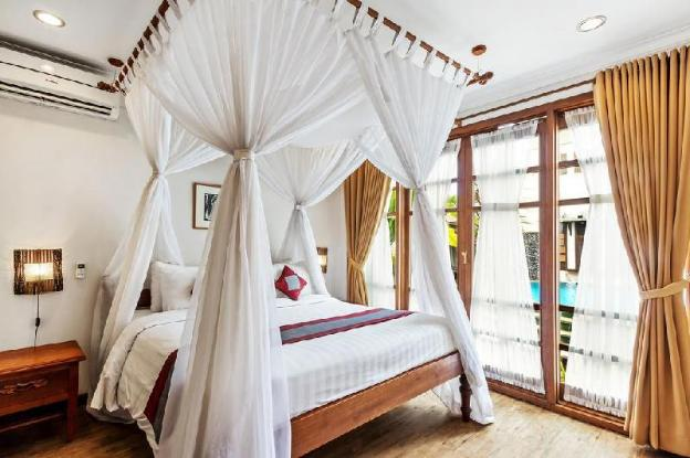 2BR Villa with Private Pool-Breakfast+Dining Room