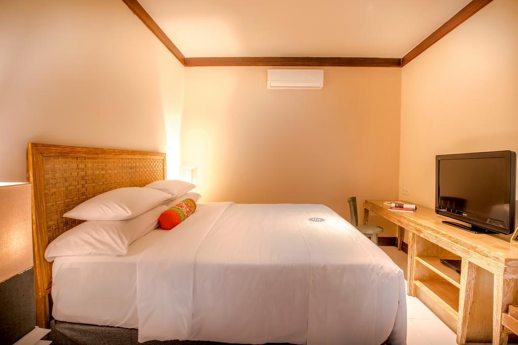 1BR Suite+balcony+kitchenette+Brkfst@ 114 Seminyak