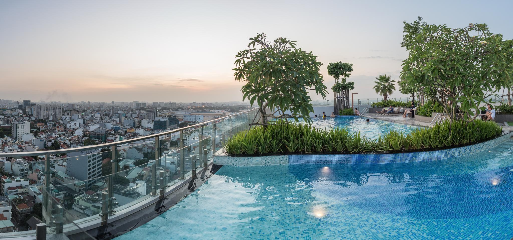 Modern 2Br 7pax Rooftop Pool Gym 5Min From Airport