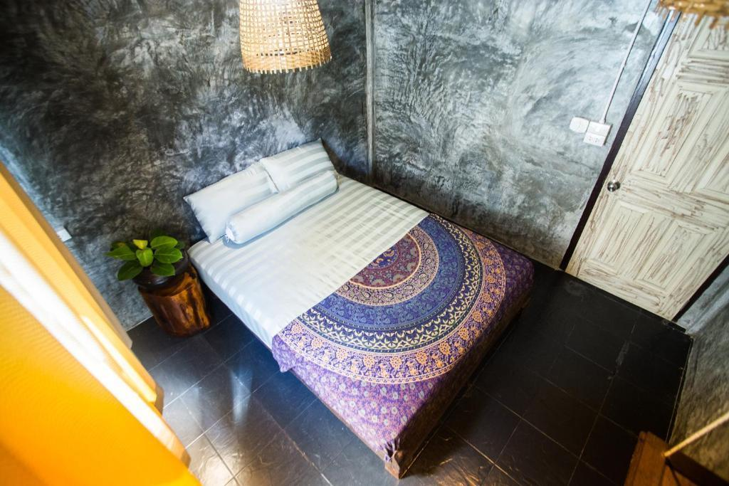 Small Double Room @Sweet Life Community Guesthouse
