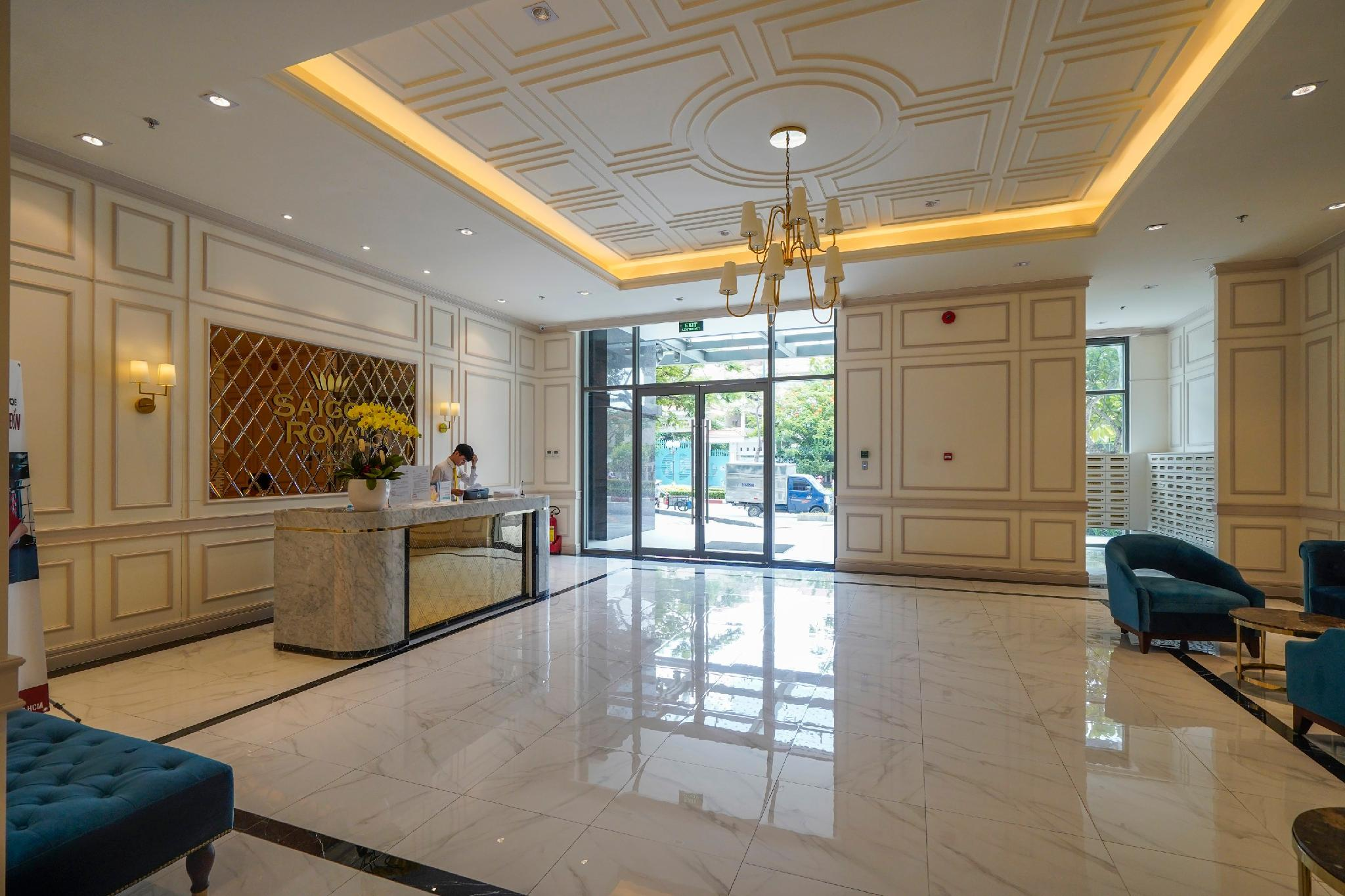 3 bedrooms Apartment With Pool In City Center