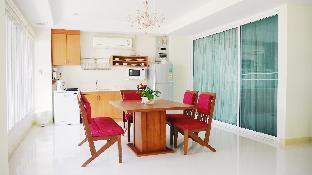 [バンセーン]アパートメント(148m2)| 3ベッドルーム/2バスルーム Sunny Beachfront Apartment in BangSaen