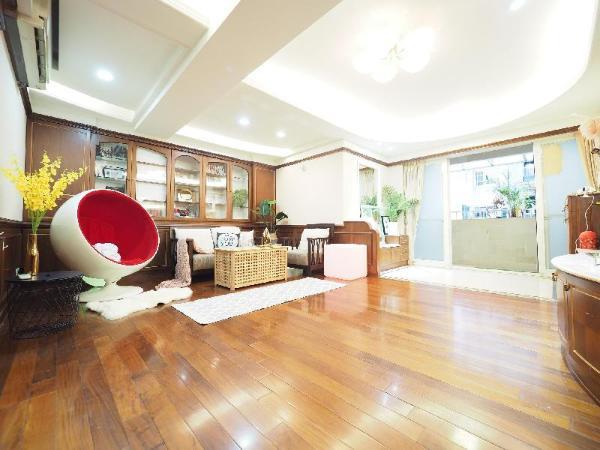 share house/O1  Master room/bath