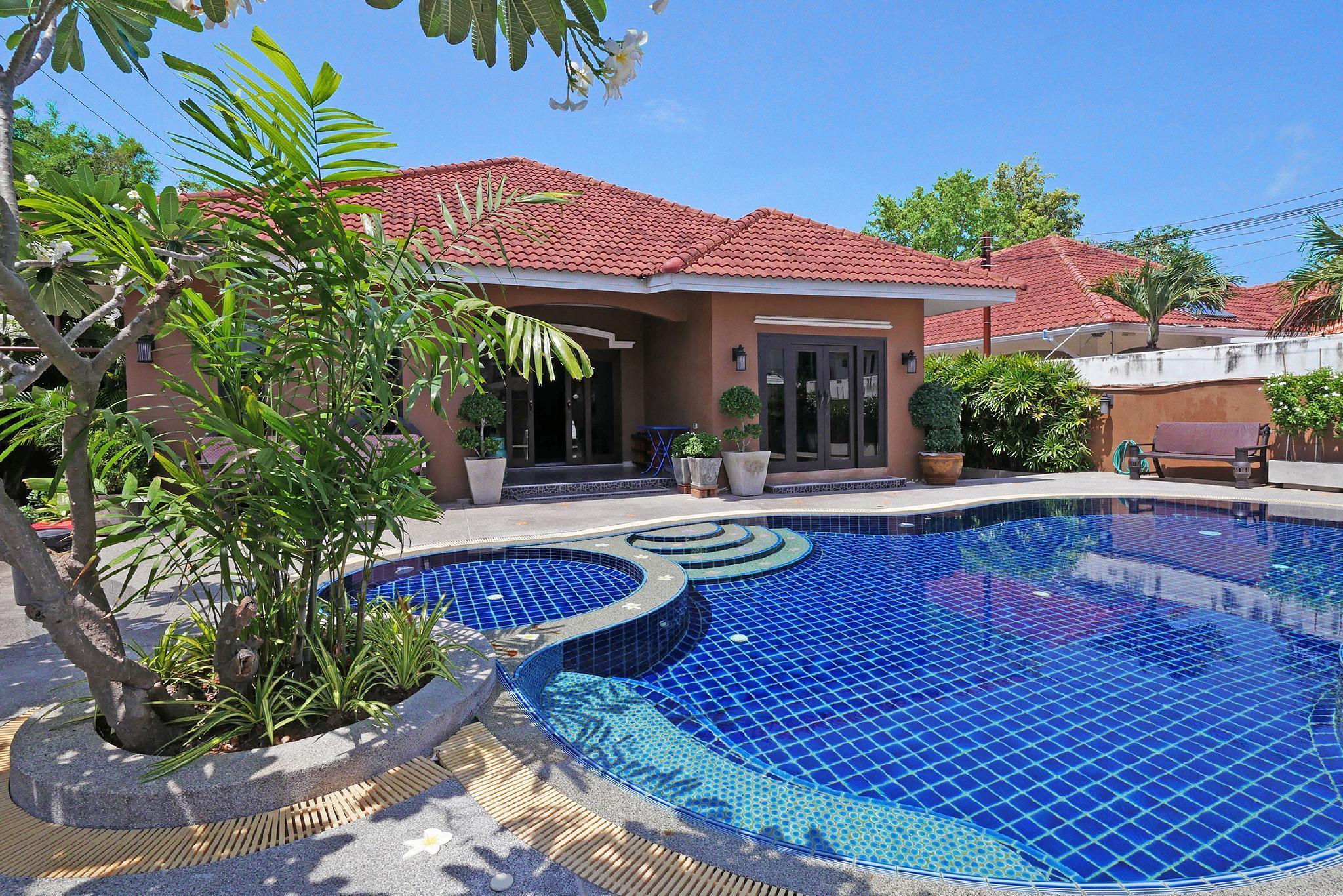 Baan Ayala   Homely 5 Bed Pool Villa Jomtien Beach