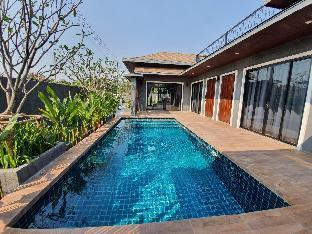 [カオヤイ(チャアム)]ヴィラ(108m2)| 3ベッドルーム/5バスルーム Peak pool villa