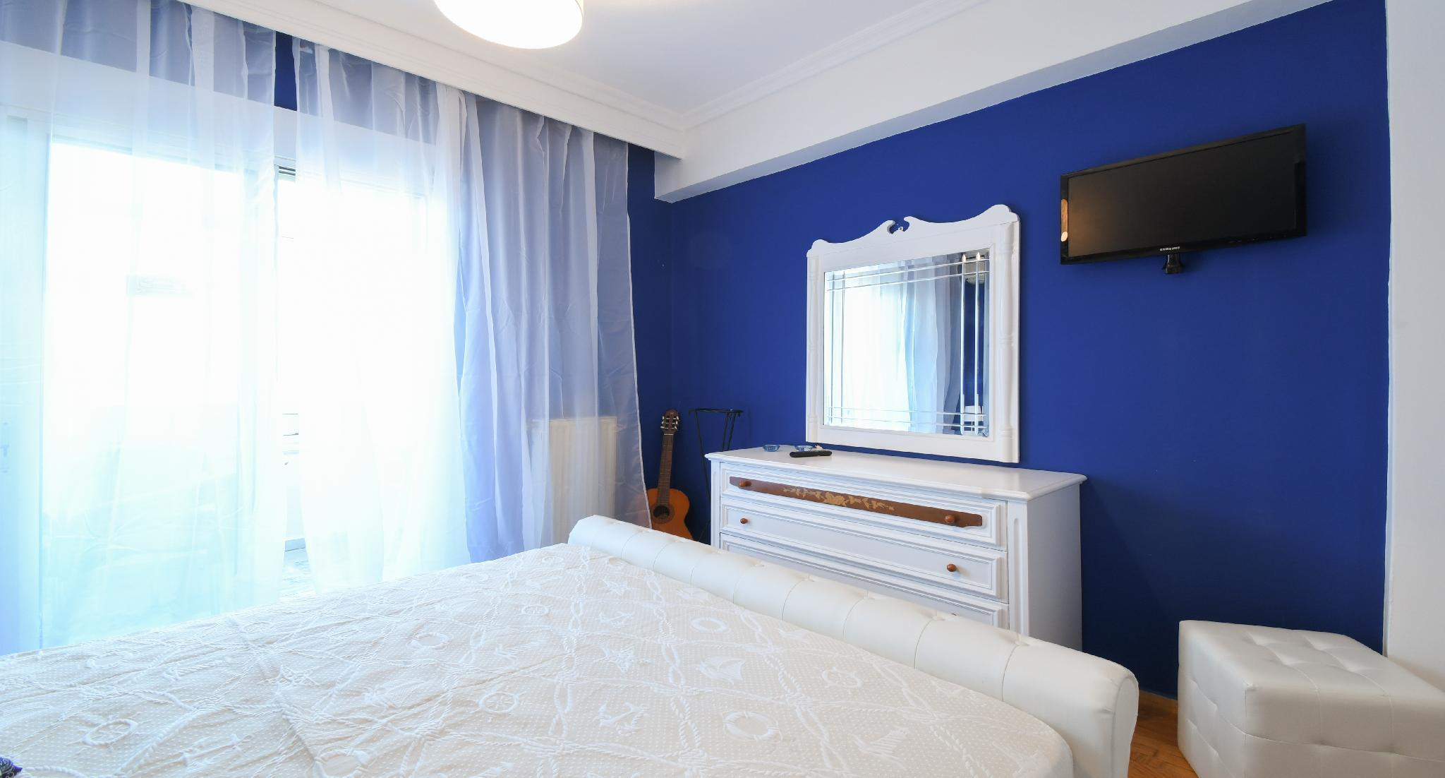 Sophisticated Thessaloniki Apt  2BR 6people