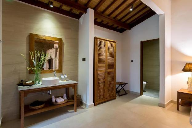 Honeymoon Suite Room - Breakfast#UUB