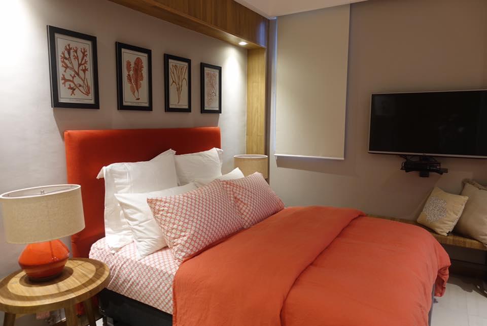 Pico De Loro 3 Bedroom Unit With Lagoon View