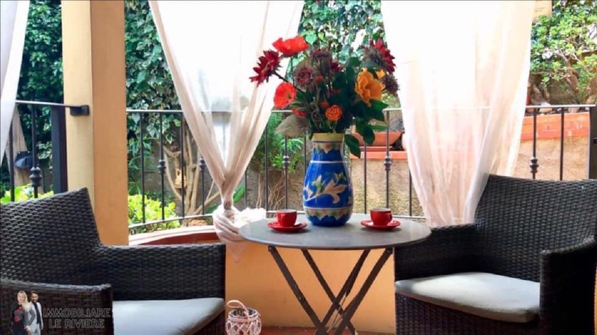 LORI'S INN MARE Appartamento In Villa