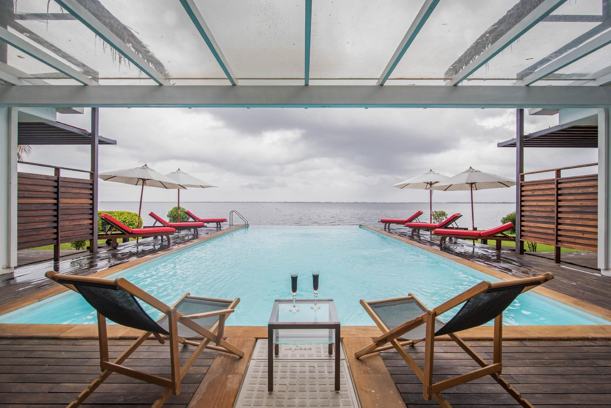Lake And Pool View Room 2@ The Rain By Vista Rooms