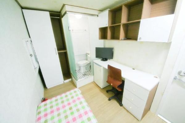 Single room #4, Sinsa Station Seoul