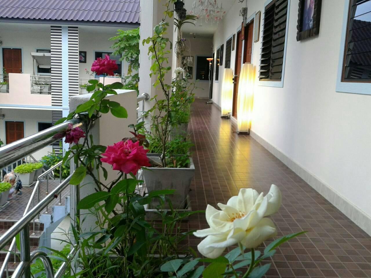 Ban Suan Kularb Surat Thani AirCon Room 1