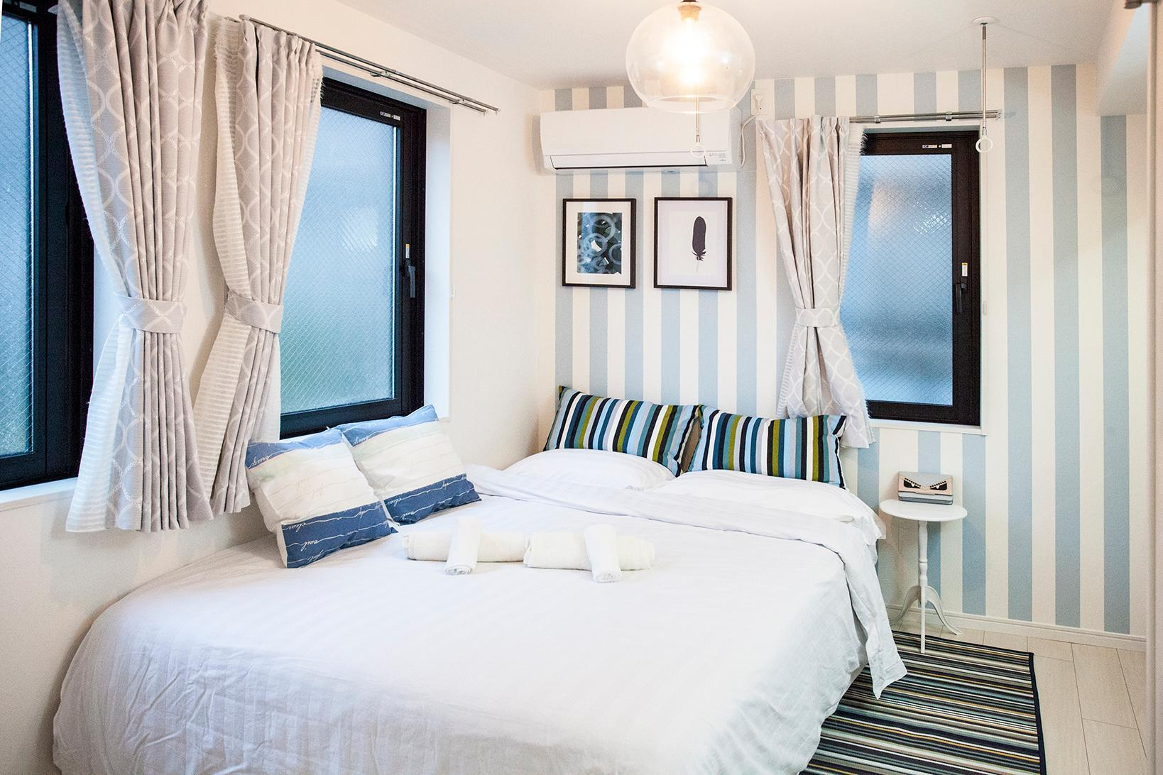 New  5 Min Walk To Subway Queen Size Bed R501