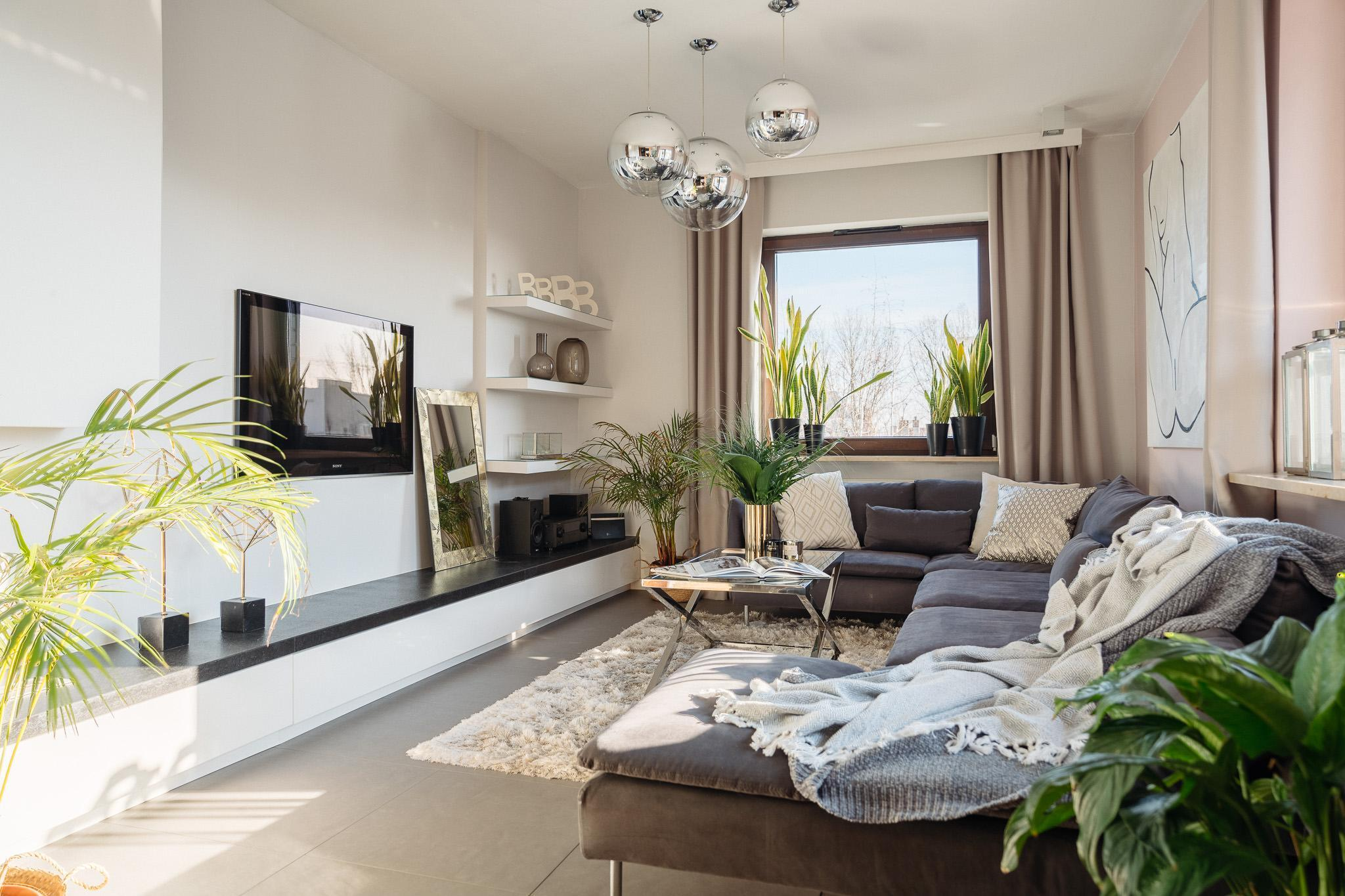 Beautifully Decorated Apartment Close To Airport