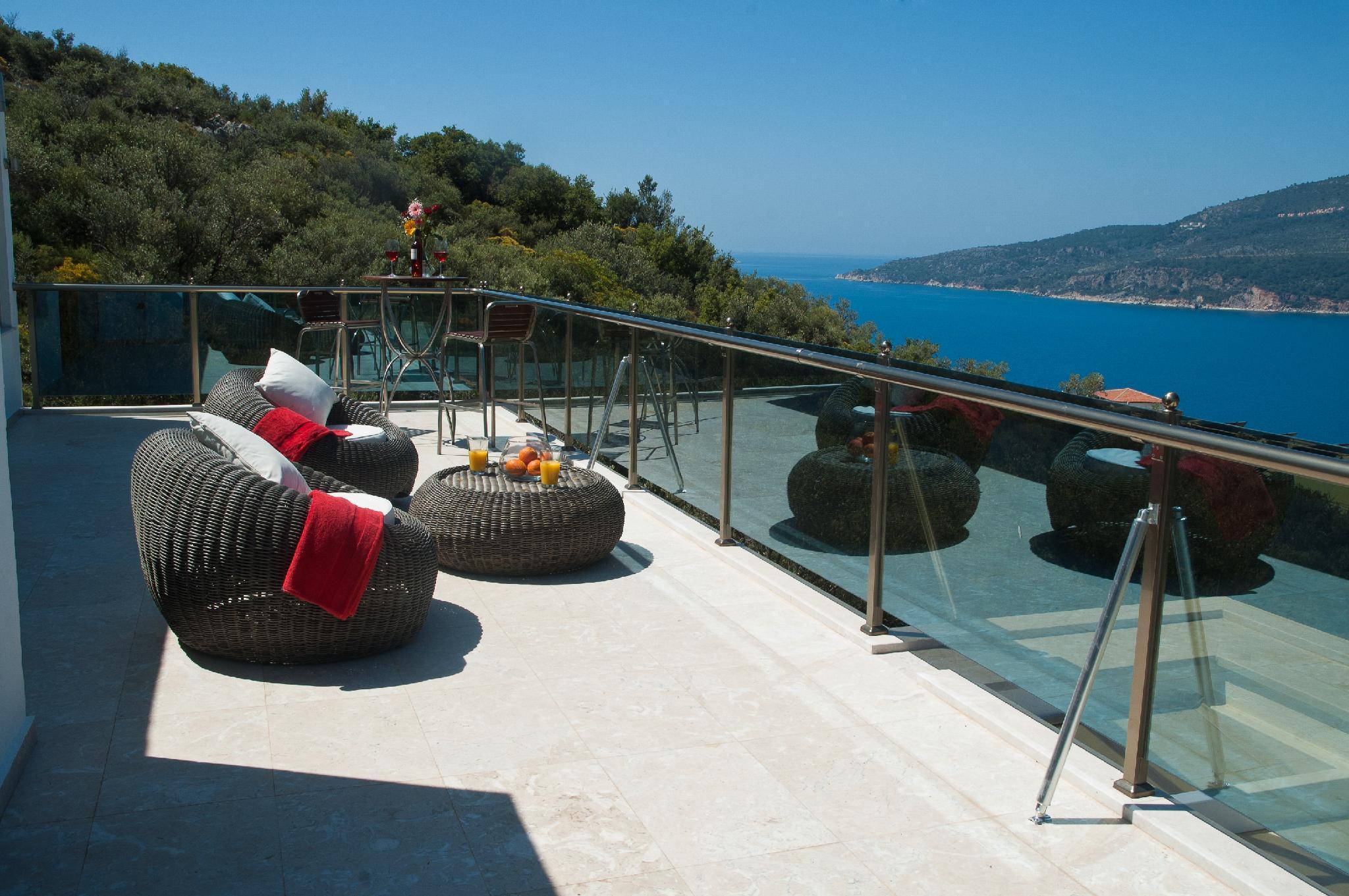 Villa Moonshine Sleeps 8 Pool Air Con Wifi