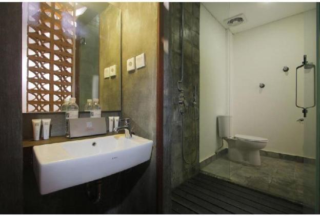 Deluxe Room + Breakfast + Swimming Pool