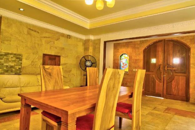 King Size rooms-NEAR Finns club, Cafe Del Mar 2-1