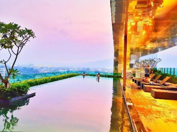 Cozy Airport Transfer  Washer - Netflix - Pool Chiang Mai