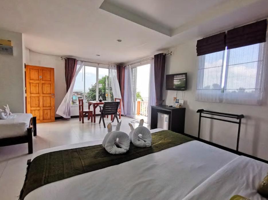 Koh Lanta Guest House triple aircon อพาร์ตเมนต์ 1 ห้องนอน 1 ห้องน้ำส่วนตัว ขนาด 30 ตร.ม. – ศาลาด่าน