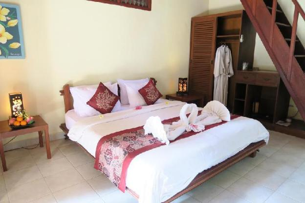 3 BR Luxury Villa With Breakfast and Pool View
