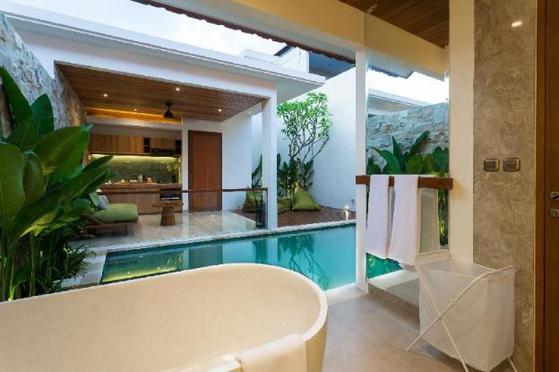 Danka Villa 1 BR New Romantic Pool Villa