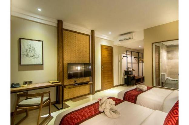 1 Deluxe Lagoon View Room with SPA Massage B'fast